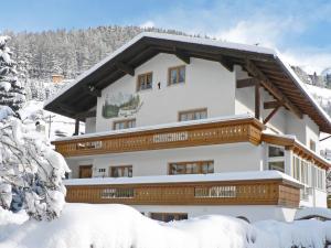 07-bergfrieden-winter